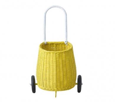 Carro de juego de mimbre amarillo