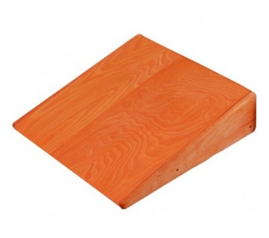 Rampa de madera para cajón de gateo
