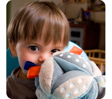 Bola sensorial per nadons