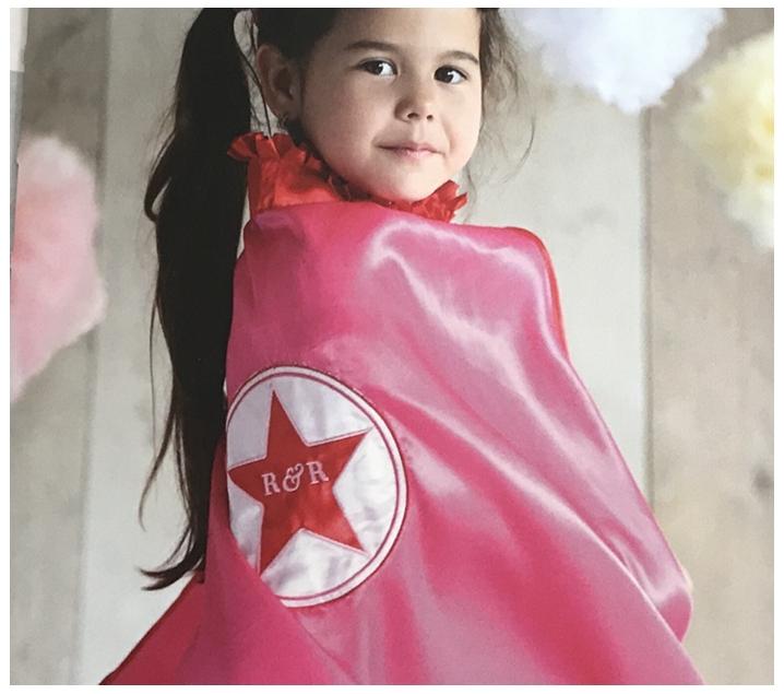 Capa rosa de súper heroïna