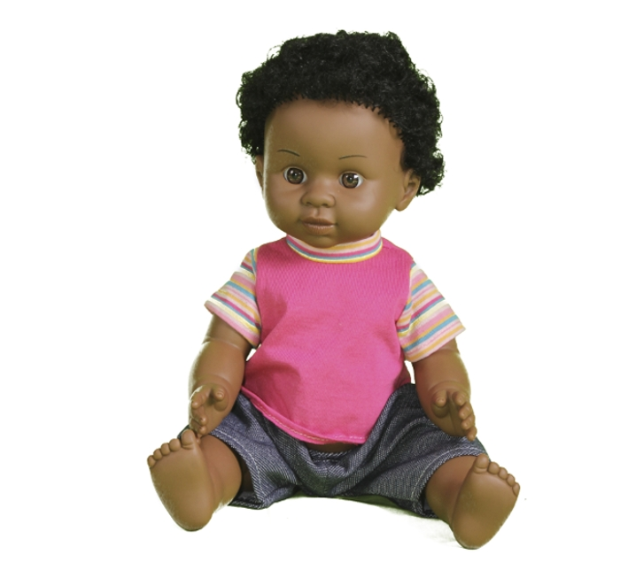 Muñeco con rasgos africanos