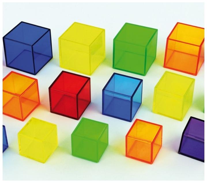 54 Cubos translúcidos