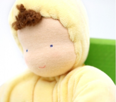Muñeca de tela suave