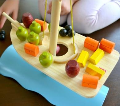 Juego de equilibro barco de Hape