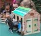 Establo de madera para muñecas Lottie