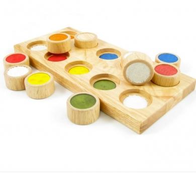 Joc de textures amb base de fusta