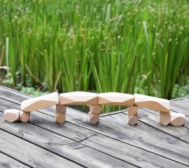 20 gemmes de fusta naturals