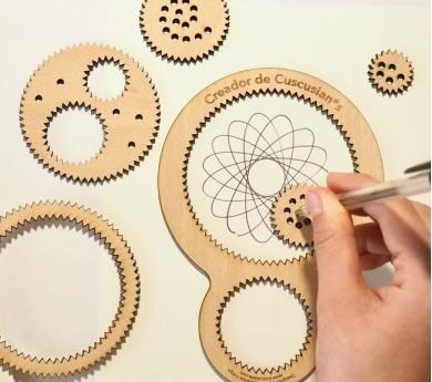 Espirógrafo de madera