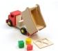 Camió per volcar i blocs d'encaixar