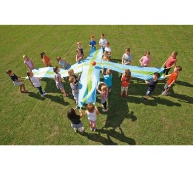 Paracaídas para juegos cooperativos