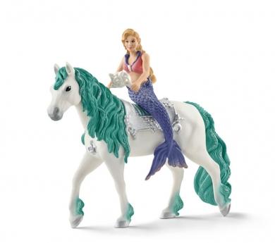 Sirena Gabrielle a caballo
