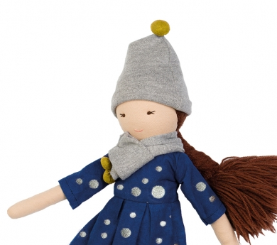 Muñeca de tela Anika