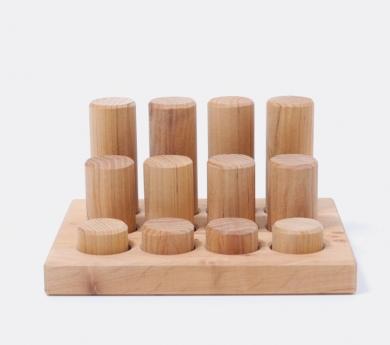 Grimm's. Cilindros para encajar de madera natural