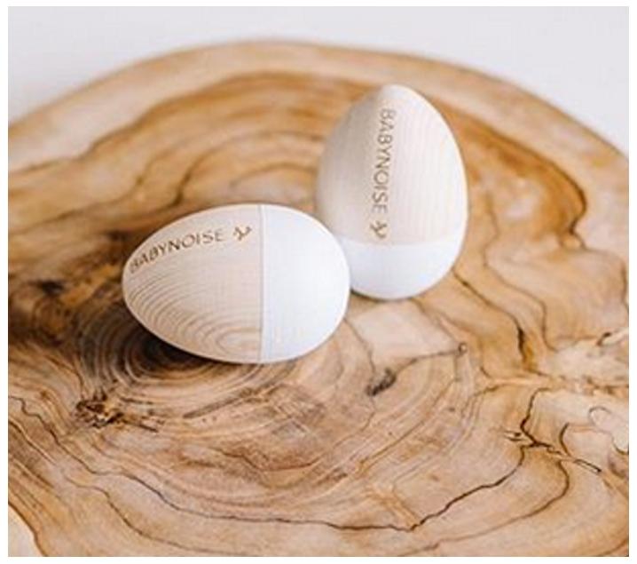 Maraca de fusta infantil amb forma d'ou