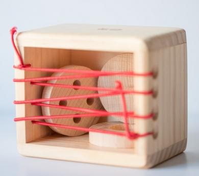 Caixa de descobriment amb gomes