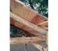 Cabaña infantil de madera en altura