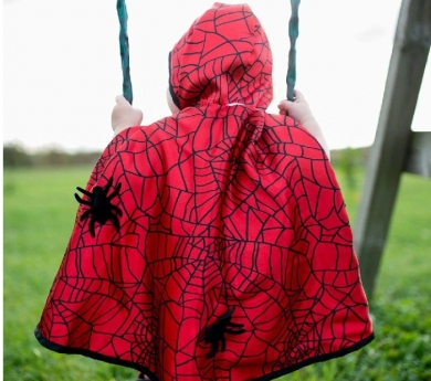 Disfraz de capa reversible Batman/Spiderman