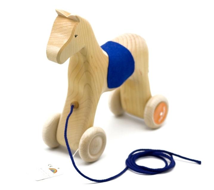 Caballo de madera para arrastrar