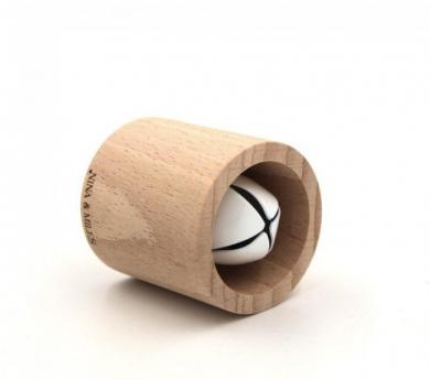 Sonajero rodari  de madera con cascabel