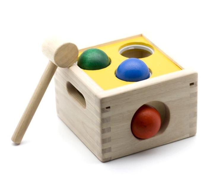Juego de madera para golpear
