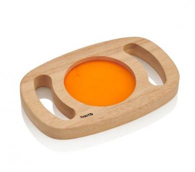 Panel sensorial naranja con marco de madera y asas que brilla en la oscuridad