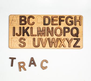 Puzle abecedari lletres majúscules en català