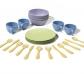 Conjunto de vasos platos y cubiertos