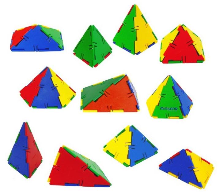 Juego de conexión Pirámides