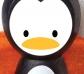 Barca pequeña con pingüino