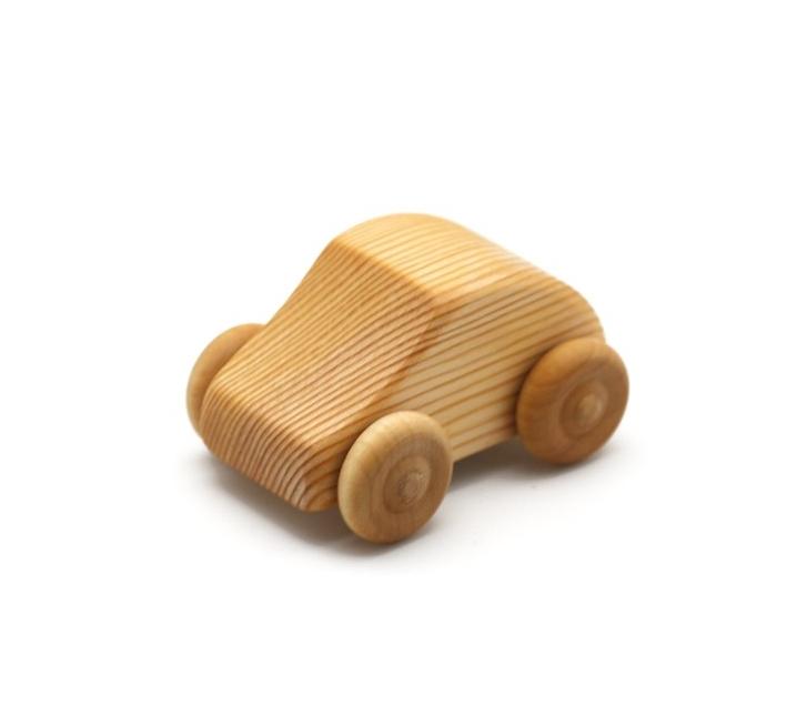 Coche pequeño Mini Fiat de madera