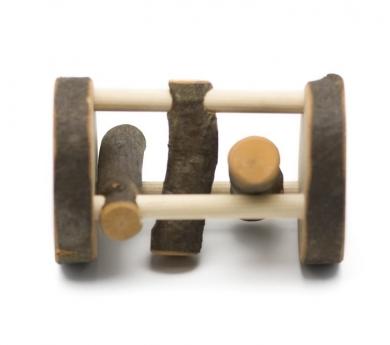 Rodari de madera con corteza