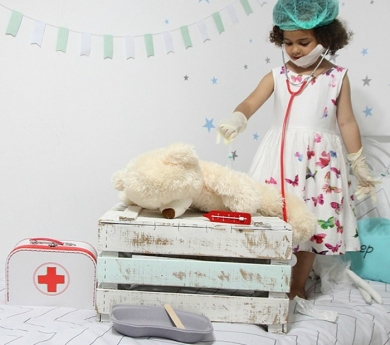 Maletí Mèdic de cartró