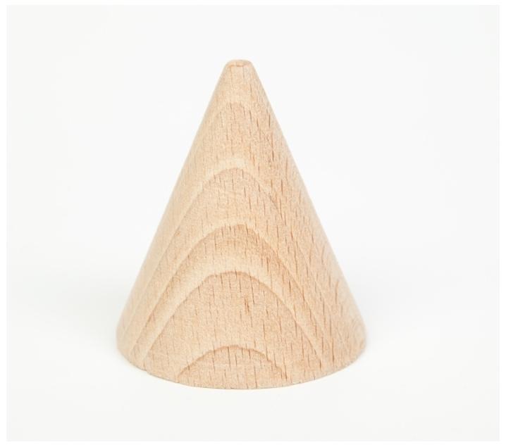 Cono de madera