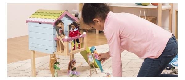 Casas de muñecas, castillos y granjas